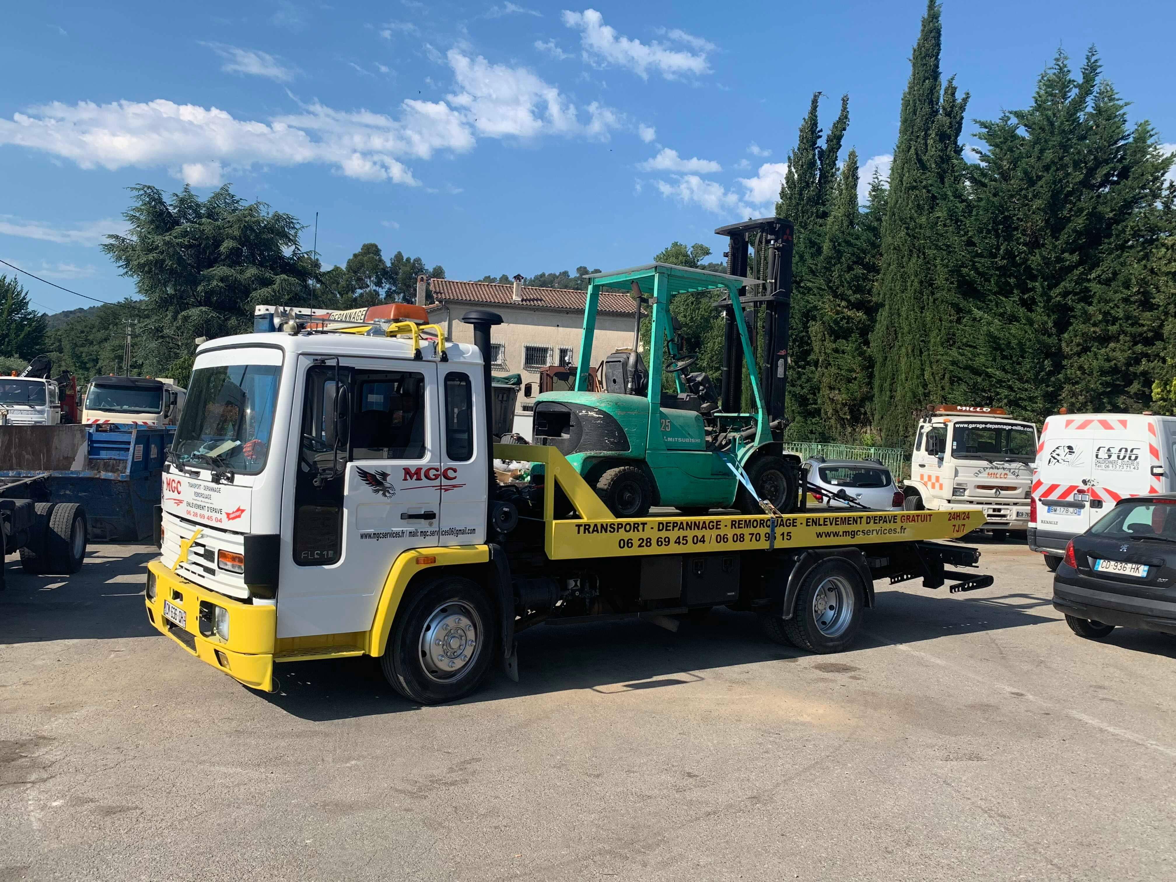 transport de chariot elevateur de Carros à Mougins