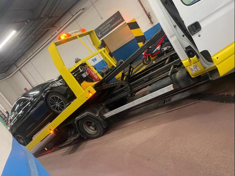 transport-Audi-CArros-Nice-Boite-Vitesse